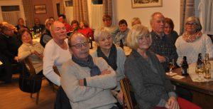 Mit viel Interesser verfolgten die Gäste des Februastammtischen die Ausführungen der Referentin.