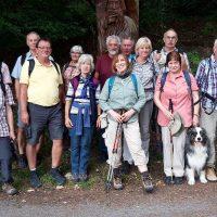 Die Wandergruppe im Arnsberger Wald. Nur Fotografin Marlies ist nicht auf em Bild.